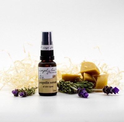 Natural and anti-ageing serum